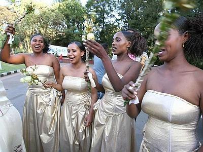 Matrimonio tra donne: una tradizione della Tanzania.
