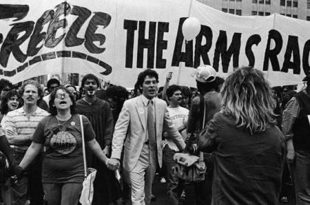 I Popoli chiedono Pace e i governi si armano